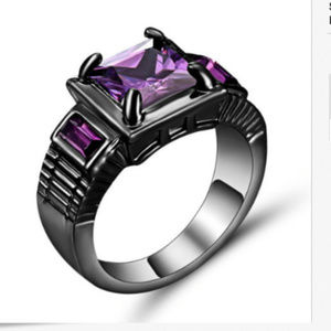 Jewelry - Amethyst Crystal Ring 18KT black Gold Size 8 Ring